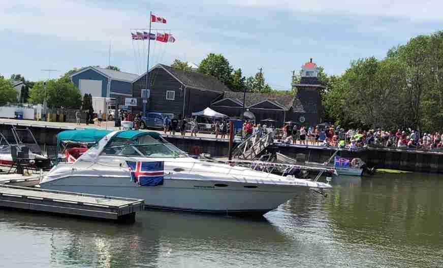 Gimli festival boats