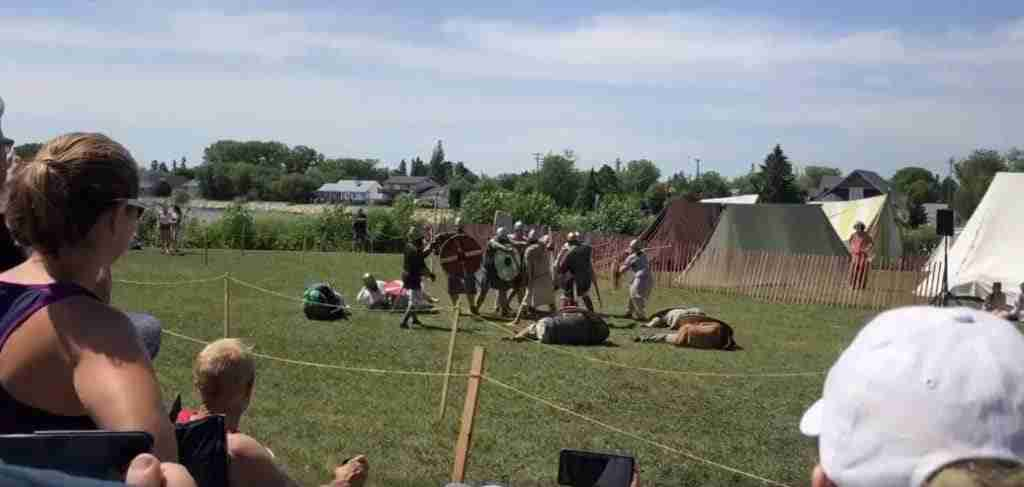 Gimli festival viking battle