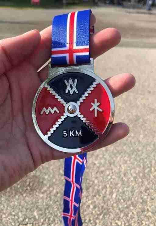 gimli festival 5k run medal